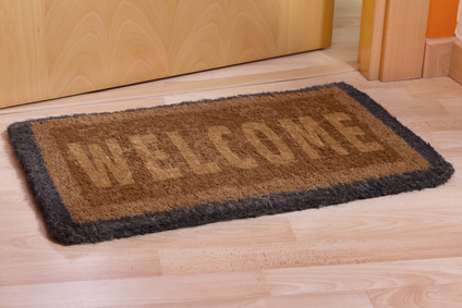Welcome home doormat with open door